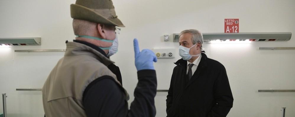 Franco Locatelli  nel nuovo ospedale - Foto «Quello fatto a Bergamo è incredibile»