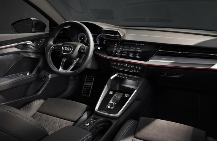 L'interno dell'Audi A3 Sedan