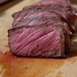 Non la solita carne: soluzioni low cost per bistecche ad alto grado di acquolina