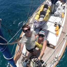 Attraversano l'Atlantico in barca a vela  Scoprono il virus ai Caraibi dopo un mese