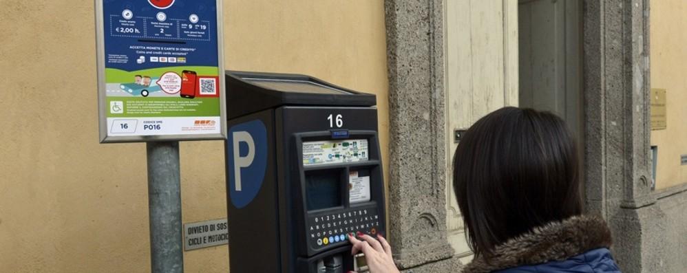 Bergamo, pagamento della sosta Si va verso la proroga della tregua