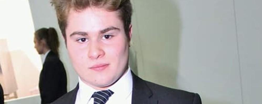 Sarnico piange il 17enne Michael Studente del «Riva» muore d'infarto