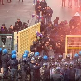 Scontri Atalanta-Fiorentina di un anno fa Denunciati altri cinque ultras viola