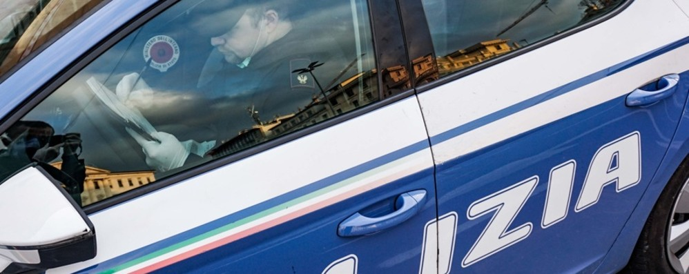 Uccide a calci e pugni la compagna di 34 anni Brutale omicidio in famiglia a Bergamo