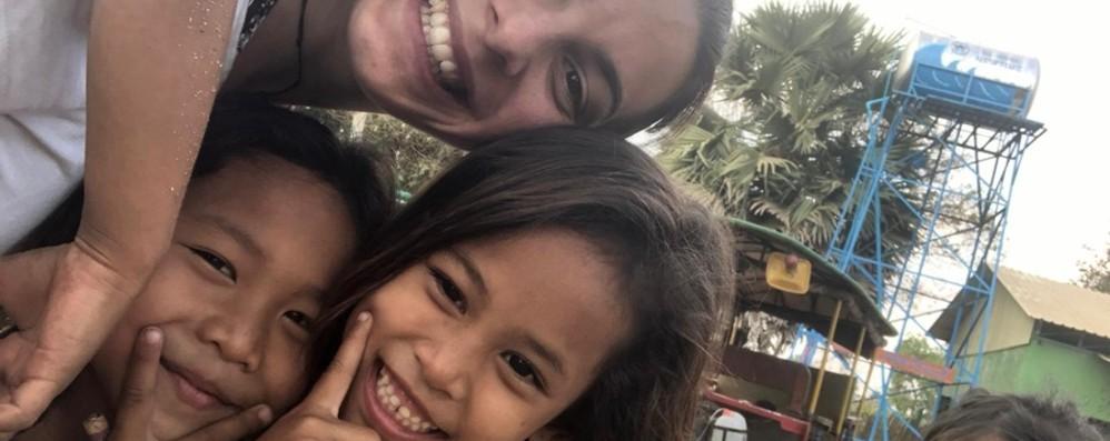 Alice, bloccata in Cambogia «Sei italiana: ci porti il virus»