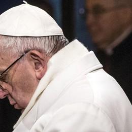 Il Papa prega per i politici E l'Italia di fronte al bivio Conte debole, la sua forza