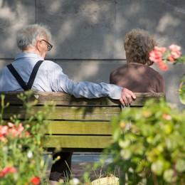 Si va dai nonni, ma in sicurezza Le dieci regole da rispettare