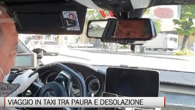 Taxi fermi per ore, paura e dolore  Non sappiamo più nulla dei nostri clienti anziani abituali