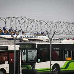 Trasporto aereo, crollo a marzo -85% Istat, cancellati due voli su tre