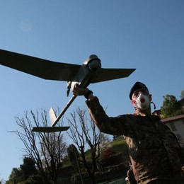 Bergamo, droni dell'esercito in volo -Video  Controllano su uscite e assembramenti