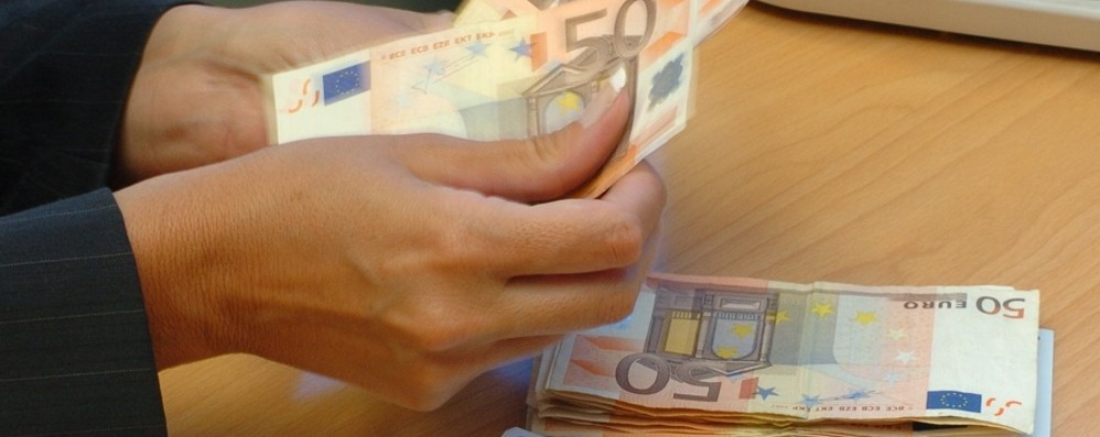 «I 600 euro dalla prossima settimana» Gualtieri: bloccheremo prezzi mascherine