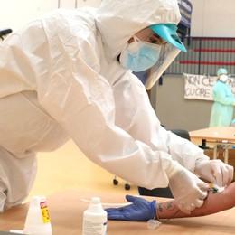 Test sierologici, si parte da Bergamo «Ma 20 mila al giorno non bastano»