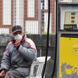 Tutti a casa, benzinai in crisi Fase critica per le aree autostradali