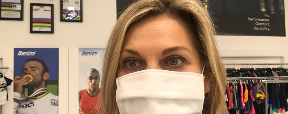 Aziende, la corsa a produrre mascherine: 50 mila al giorno