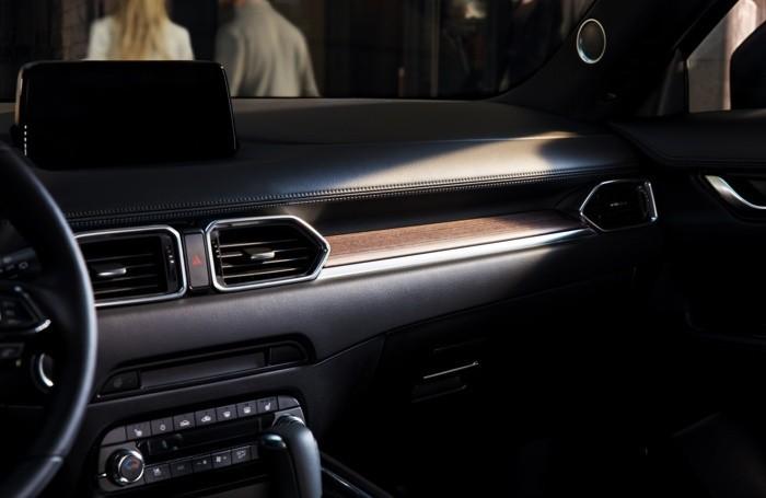 Un particolare dell'interno della Mazda-Cx 5