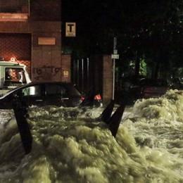 Milano: in una notte la pioggia di un mese Danni lievi nella Bergamasca - Il meteo