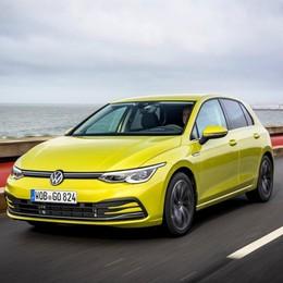 Volkswagen Golf 8 è nelle concessionarie