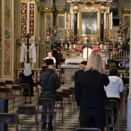 In chiesa tra emozione e prudenza Ritornano le Messe celebrate con i fedeli