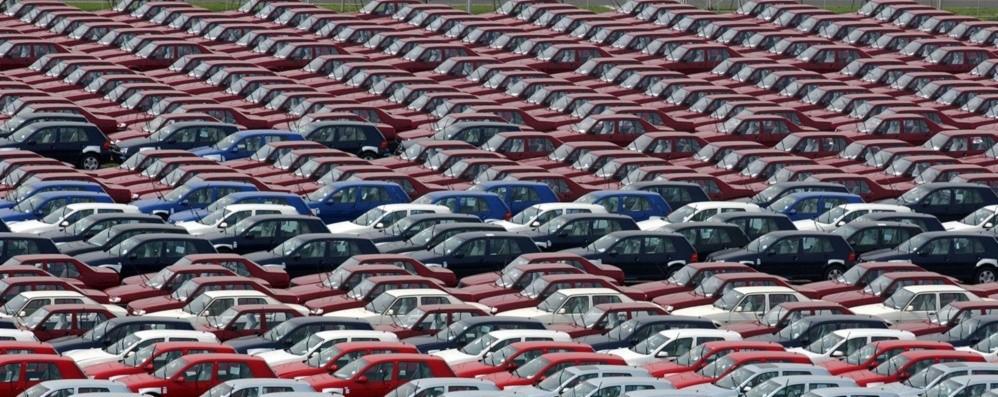 Vendite di auto: peggior calo di sempre Però il costo dell ...