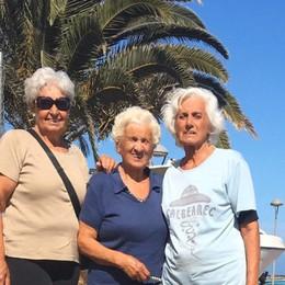 Alle Canarie con le ceneri di Gianna «Bloccate in Spagna, aiutateci a tornare»
