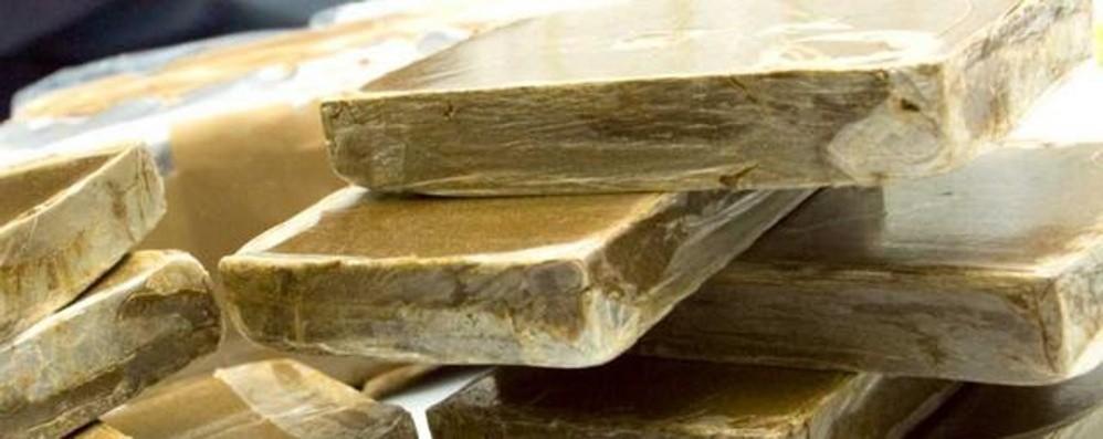 Arrestato un marocchino a Verdellino Aveva 754 grammi di hashish nel letto