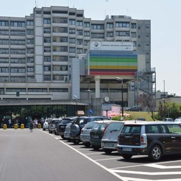 Il filtro dei termoscanner negli ospedali Così si riparte a Treviglio e Romano