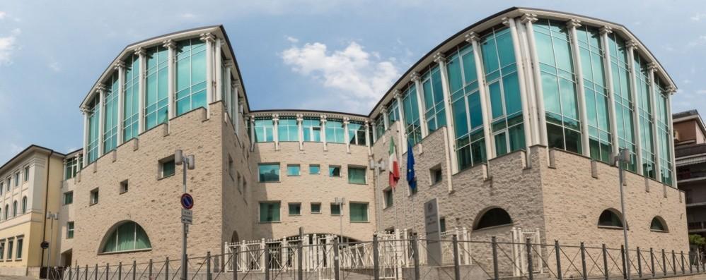 L'Associazione provinciale forense: «Allarme udienze, ritardi inaccettabili»