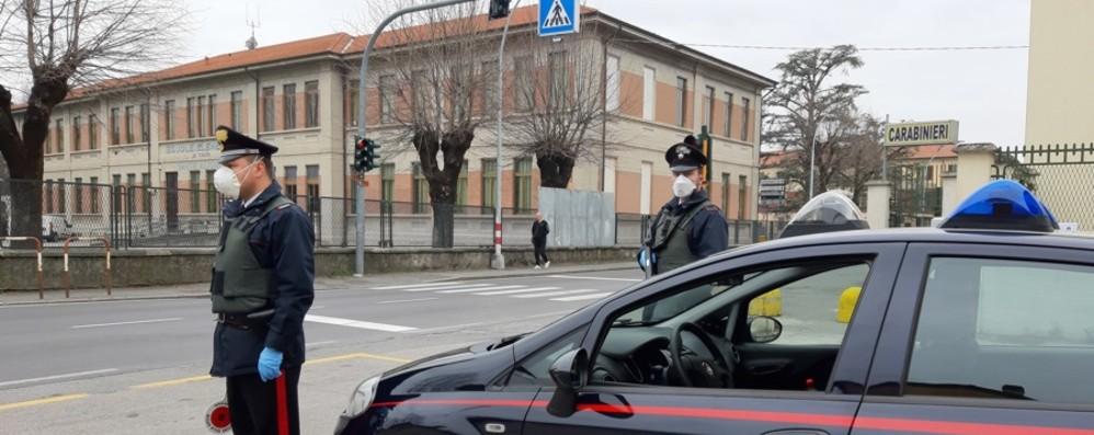 Ruba a un minore e scippa donne: arrestato rapinatore seriale a Fara Gera d'Adda
