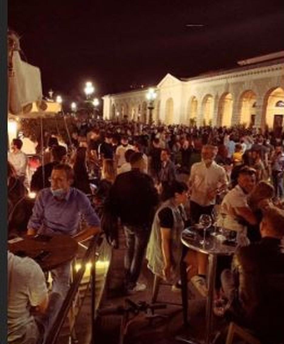 La foto di piazzale Arnaldo a Brescia venerdì 22 maggio