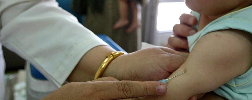 Coronavirus, vaccino influenzale anche per i bambini 0-6 anni e over 60