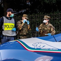 Evade dai domiciliari e litiga in strada Interviene la Polizia, finisce in carcere