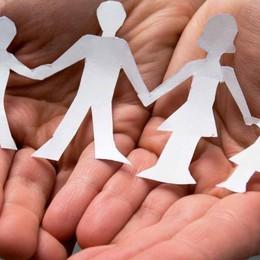 Aiuti e microcredito per le famiglie  La Diocesi sta con i più fragili