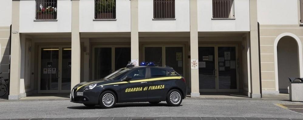 «Fatture false per 1 milione di euro» Bassa, sequestrati beni per oltre 800 mila  €