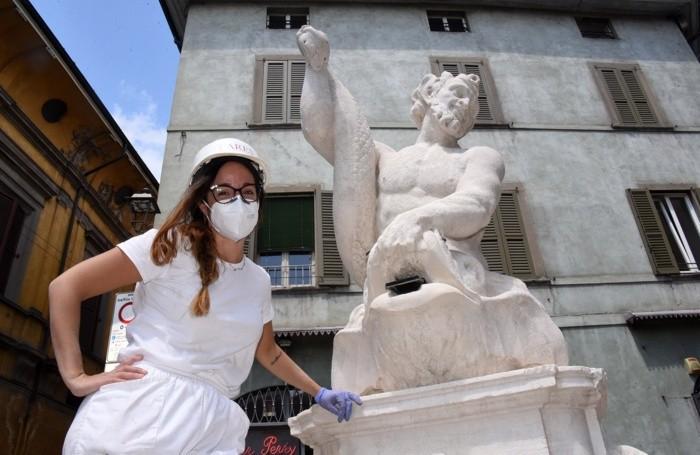 La Fontana del Delfino riportata all'antico splendore