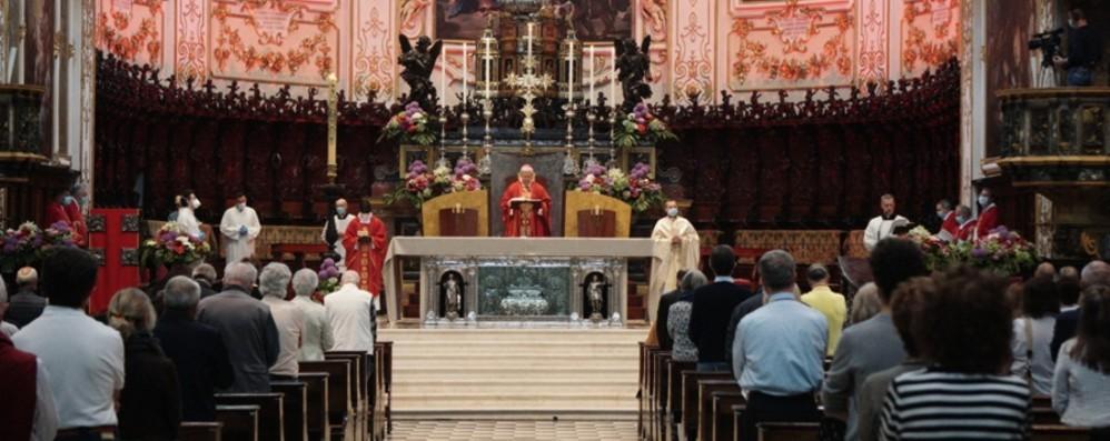 Vescovo: «Mentre tutto si chiudeva, i cuori si aprivano. Ora non si richiudano»