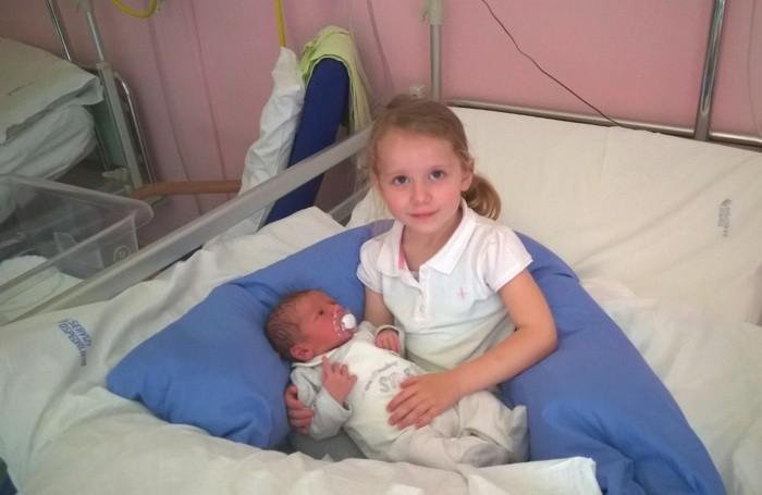 I piccoli Liam e Luna, protagonisti del racconto inviatoci da nonna Marina  di Rovetta