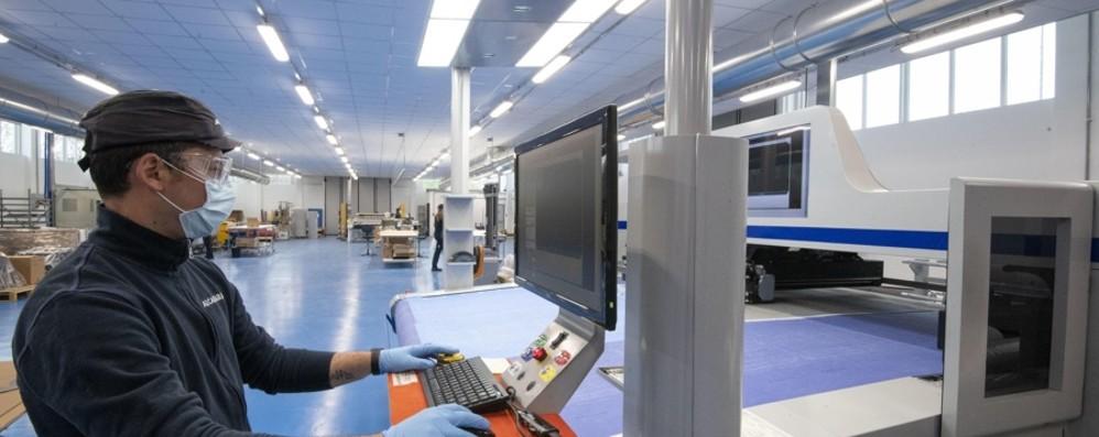 Crolla la produzione industriale A marzo -30%, alcuni settori anche -50%