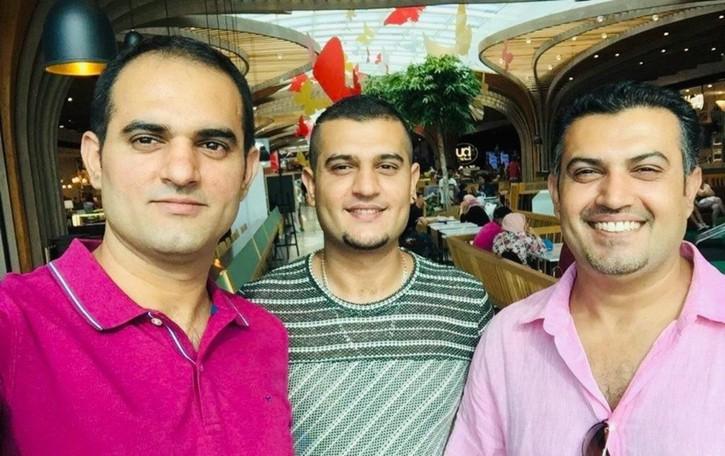 Dopo la malattia, la voglia di aiutare I 3 fratelli pakistani che donano anticorpi