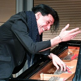 È morto  Bosso, pianista e compositore Artista che sapeva commuovere - Video