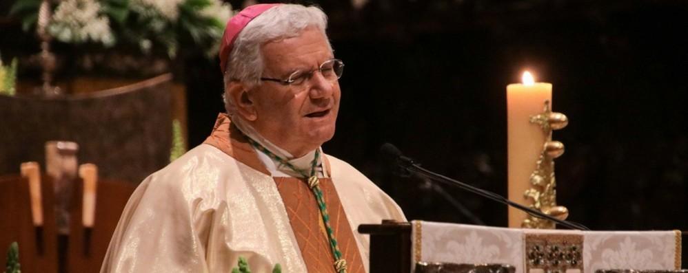 Il vescovo: «Questa esperienza dolorosa  non divida ma unisca l'umanità»