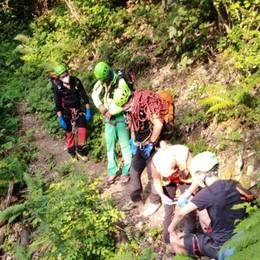 Cade in un dirupo per cento metri Strozza, salvo escursionista di 28 anni
