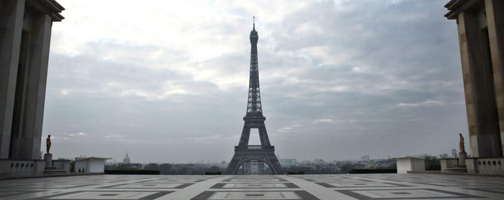 «Ho pianto in solitudine per Bergamo» A Parigi sognando solo un abbraccio