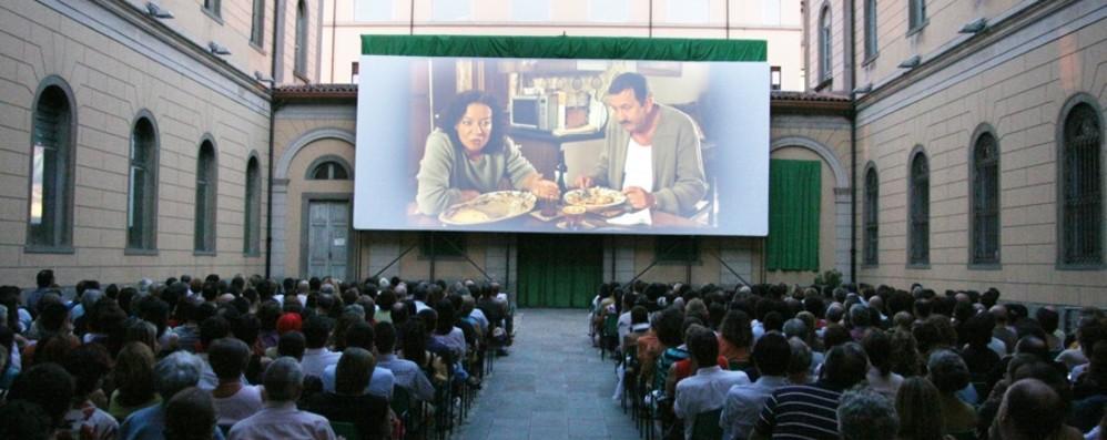 S'accende lo schermo di «Esterno Notte» Dal 18 giugno oltre 70 titoli in via Tasso