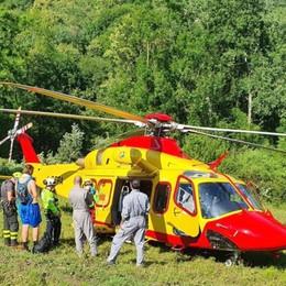 Buche di Nese, 16enne cade nel laghetto In azione Vigili del fuoco ed Elisoccorso