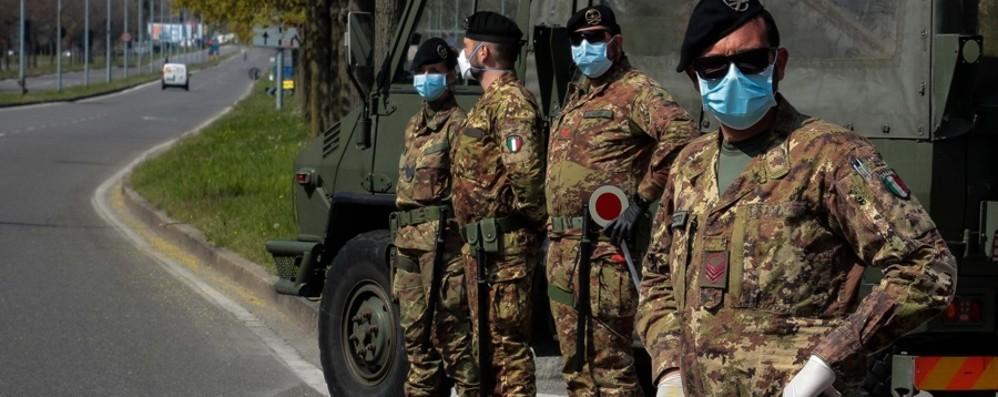 Covid, controllate 12 mila persone in 3 mesi Esercito a Bergamo: ora il rientro a Orio