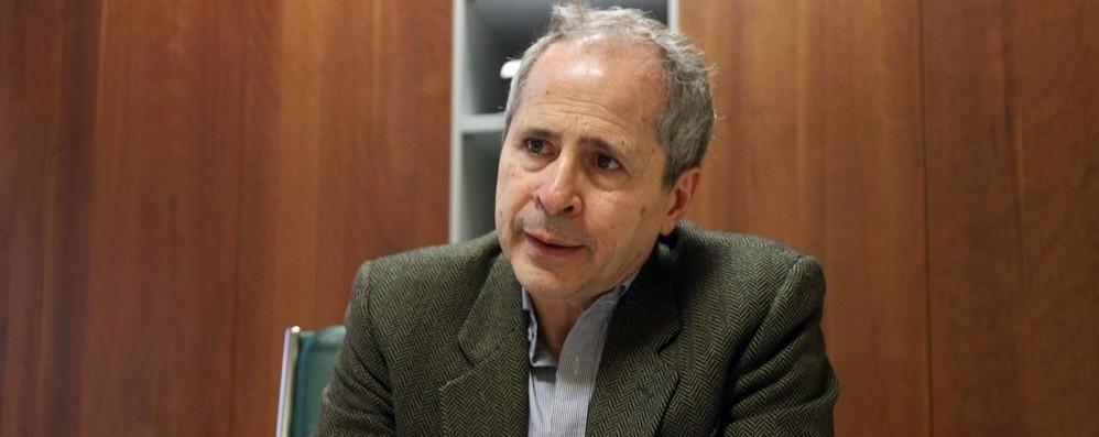 Il virologo Crisanti in Procura a Bergamo È consulente pm: «Risultati in 90 giorni»