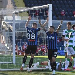 L'Atalanta non cambia, stravince Strapazzato il Sassuolo 4 a 1