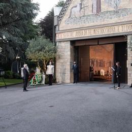 «Bergamo ha sofferto e io ho pianto con voi»