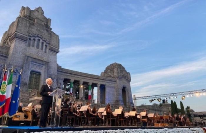 il presidente della Repubblica Sergio Mattarella poco prima della Messa di Requiem a Bergamo, 28 giugno 2020. ANSA/FILIPPO VENEZIA