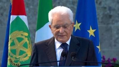 Il Presidente Mattarella al Monumentale: «L'Italia s'inchina alle vittime di Bergamo»